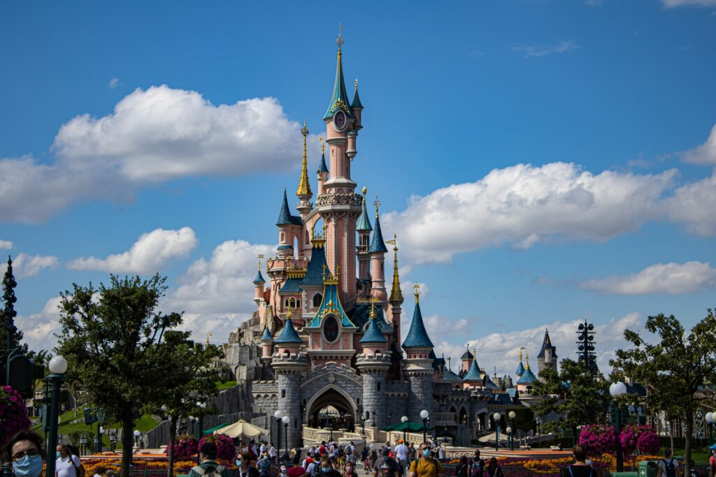 Fairytale Holidays by Travel Counsellors were the winners of the best National Retailer at the 2019 British Travel Awards. Fairytale Holidays are rated an amazing 4.9 stars with Trustpilot and over 3300 reviews. Award winning UK Travel agent specialising in trips to Walt Disney World, Disneyland Paris and Universal Orlando